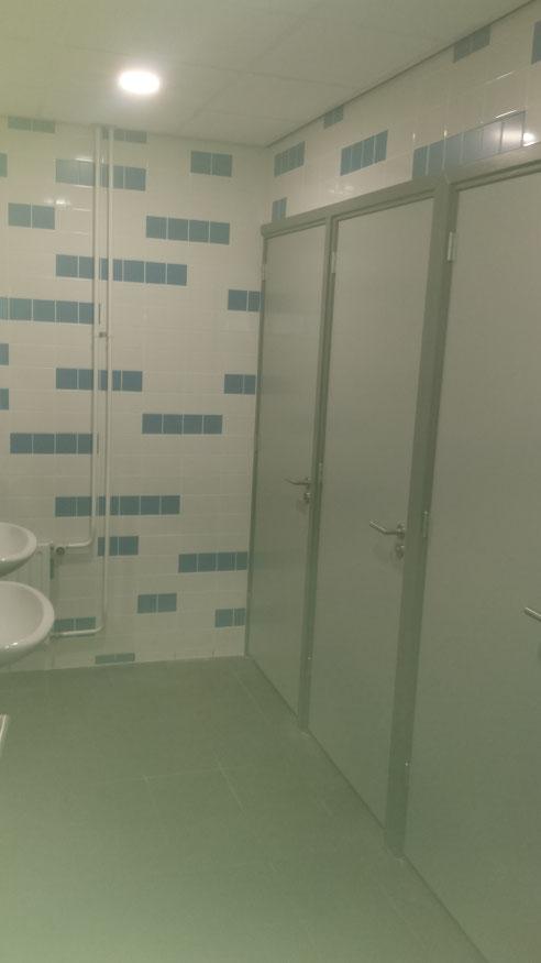 Vier dames toiletten gerealiseerd