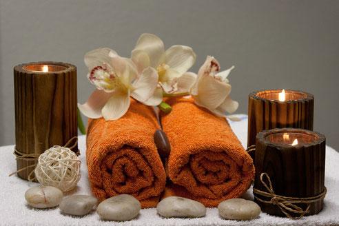 Massagen, Massagekerzen, Massieren, Vorspiel Massage, Massageöl,
