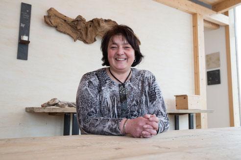 Anita Schuster, Relax Schlafsysteme - Schlafberaterin im Wohnwerkhaus Sulzemoos bei München, Augsburg, Ingolstadt.