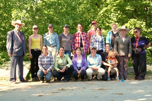 "Gruppenbild ""EWU Trainer B"" auf der Clay Pit Ranch in Waiblingen"