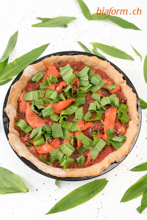 gesunde Pizza, Pizza mit Bärlauch, Pizza mit Lachs, Pizza mit Dinkelteig, Pizza mit Dinkel, Bärlauch, Lachs, Blog Schweiz