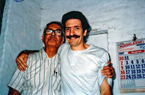 1987 : Frank with Eruch Jessawala at Meherazad, India