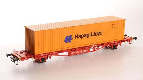 Hier ein 40' Dry Container  der Hapag Lloyd ( Foto: Stefan Karzauninkat, Spur Null Magazin) .
