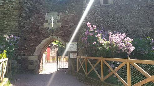 Porte d'entrée du château.