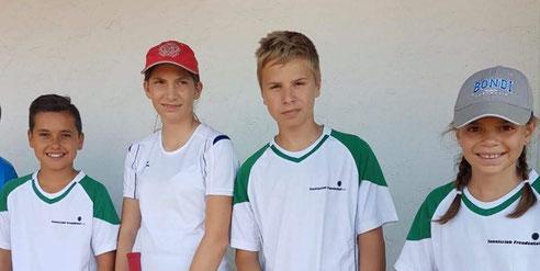 Klare Sieger: Collin Todt, Hannah Schwarz, Max Kantelhardt, Helen Scheer