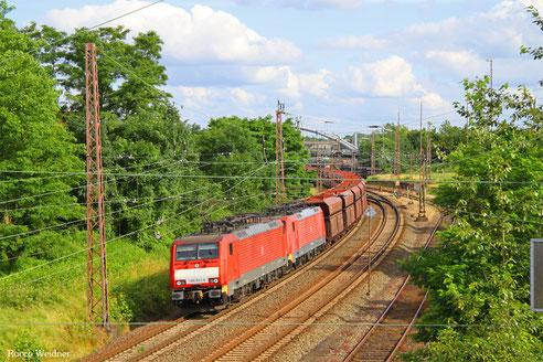 DT 189 047 + 189 037 mit GM 48716 Dillingen Hochofen Hütte - Maasvlakte Oost, Dillingen(Saar) 29.06.2016