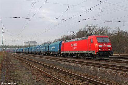 185 285 mit GM 49237 Forbach/F - Senftenberg (Sdl. Leerwagen, aus Kupferverkehr Loison-sous-Lens/F - Wroblin/PL), Frankfurt Ost Gbf 14.01.2017