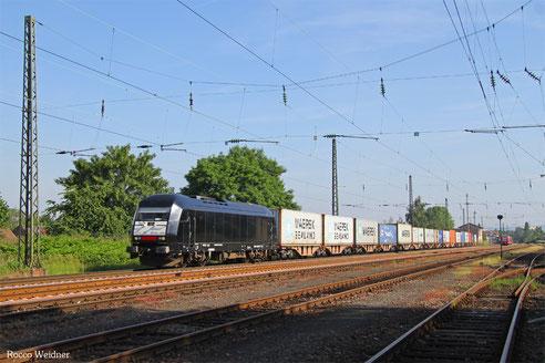 223 013 mit DGS 95175 Dillingen-Katzenschwänz - Mainz Gbf, Ensdorf 10.06.2016