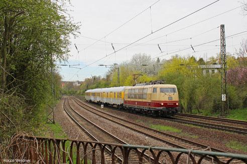 103 222 mit ST 93045 Saarbrücken Hbf - München-Milbertshofen (Sdl.), 19.04.2013