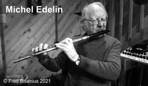 Michel Edelin mit Flöte im Aufnahmestudio Tedesco. Foto: Fred Bisenius