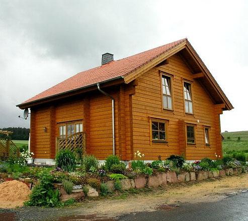 Wohnblockhaus - Massivholzhaus als Einfamilienhaus