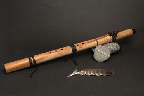 Flöte aus Eibenholz, Cis, 432Hz