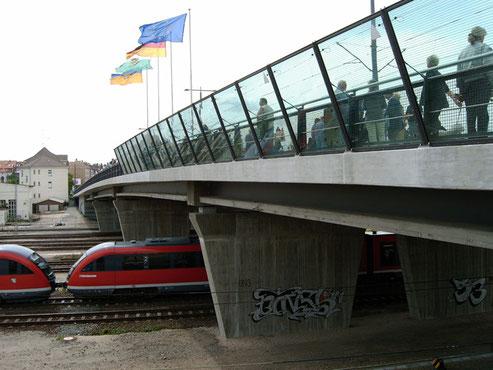 Einweihung der Hermann-Liebmann-Brücke.