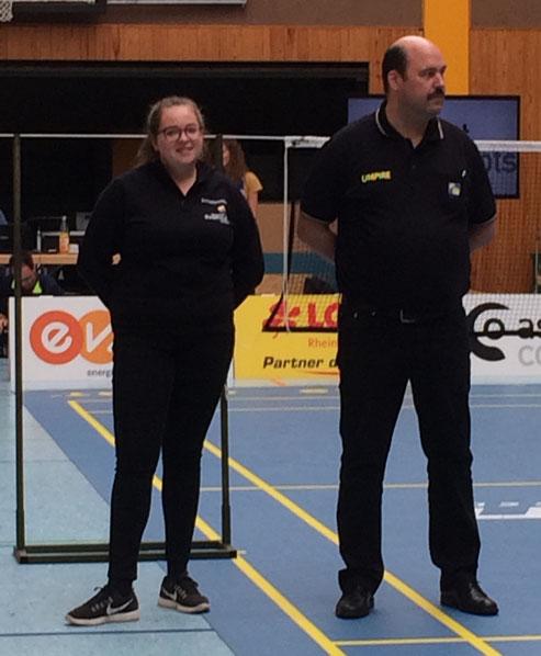 Bianca neben Schiedsrichterwart Oliver Schönborn