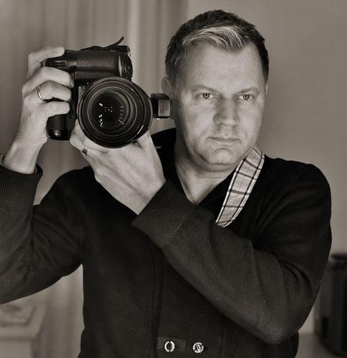 Tom River - Fotograf