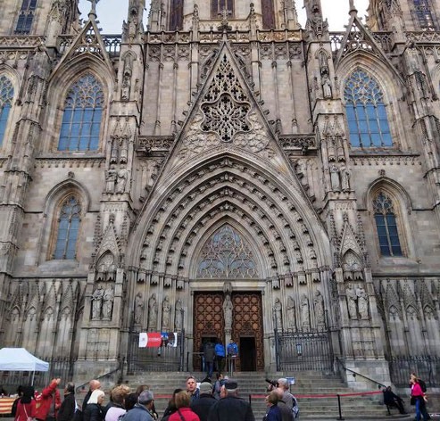 Достопримечательности Гогтического квартала Барселоны - Кафедральный Собор