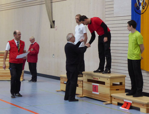 Esslinger Bogenschütze gewinnt Bezirksmeisterschaft