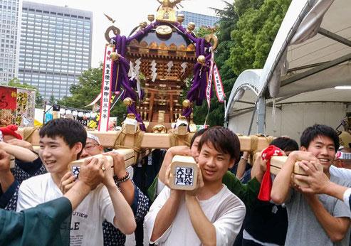 日比谷大江戸まつり, HIBIYA OEDO MATSURI 2019, 神輿担ぎ体験, 大人神輿,