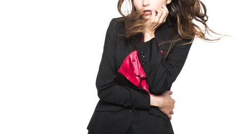 姿勢を正すと違和感を感じる奈良県香芝市の女性