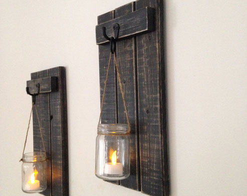 Rustic wooden candle holder - Click on the picture to learn more !