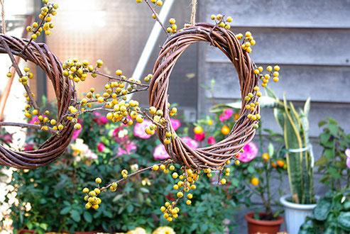 スイセンの花を販売する露店も多く見られました。さすがは房総、早くも春の息吹あり、です