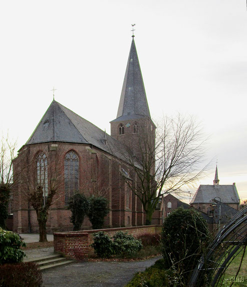 St. Nikolaus & St Luzia Chape