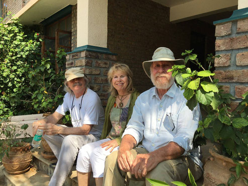 2015 : ( L-R ) Keith Sheridan, Pamela & Jeff Craddock - Meherabad, India