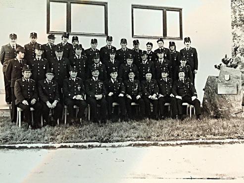 Mannschaftsfoto um 1979 Feuerwehr Pischeldorf