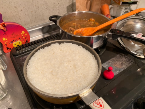 ごはんも鍋で炊くと、また違ったおいしさです♪