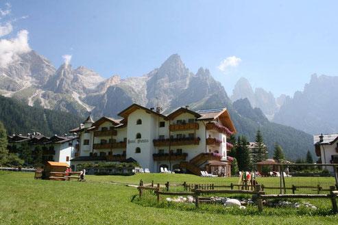 Hotel Vienna in den Dolomiten-Lifetravellerz
