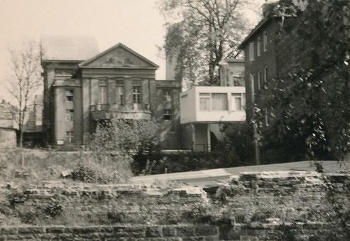 Rechts: Teil des neuen Theaters 1956 - Sammlung Stoffers (Münsterländische Bank Thie - Stadtarchiv)