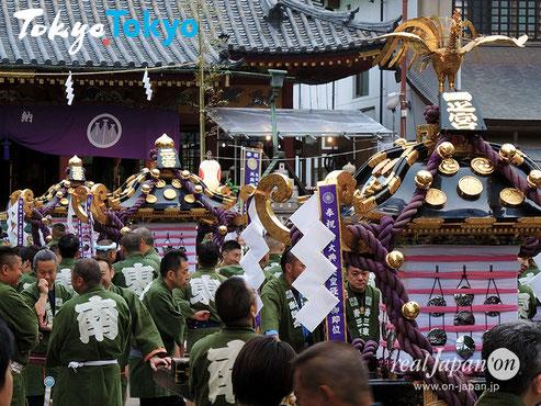 三社祭, 浅草神社例大祭, 2020年度, 5月15日・16日・17日の開催は、本年秋に延期が決定。