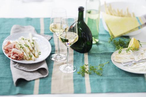 Spargel und Wein: Da muss der Silvaner auf den Tisch: Mit dem Gewinnspiel sichern Sie sich den leckeren Frankenwein