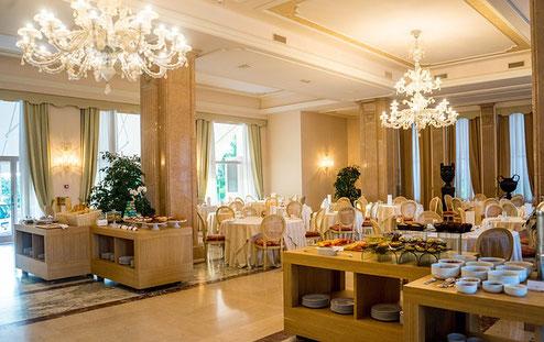 Kronleuchter Treppe ~ Kronleuchter designerleuchten & lampen lampen shop24
