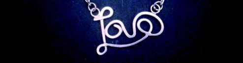dai nty heart bracelet Emma Hedley Jewellery