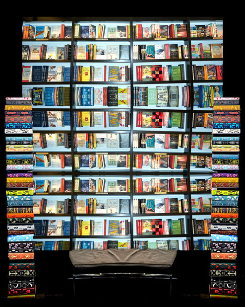 04 - Surrounding books - 100x150 cm