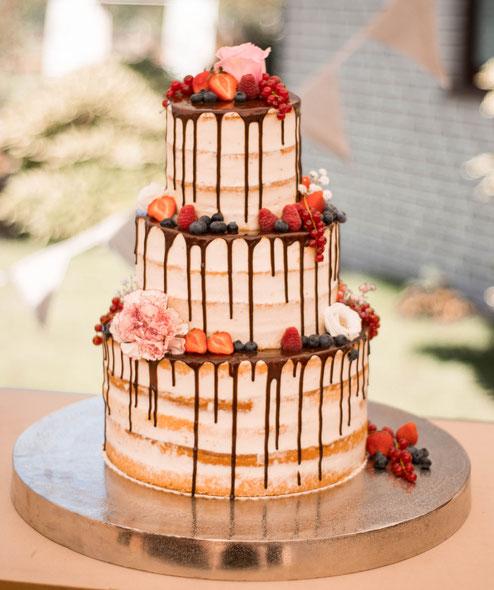 Naked Cake Hochzeitstorte Coucoutorten