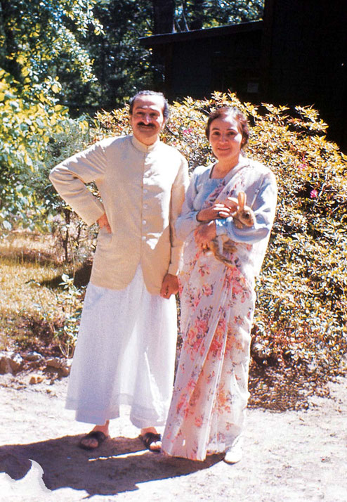Meher Baba and Mehera Irani at the Meher Spiritual Center in Myrle Beach in 1952, prior to the car accident & visit to London.