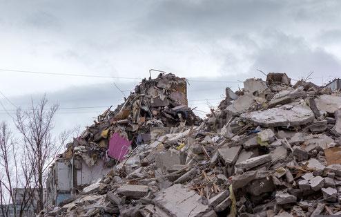 Der völlig zerstörte Veranstaltungsort in Dortmund