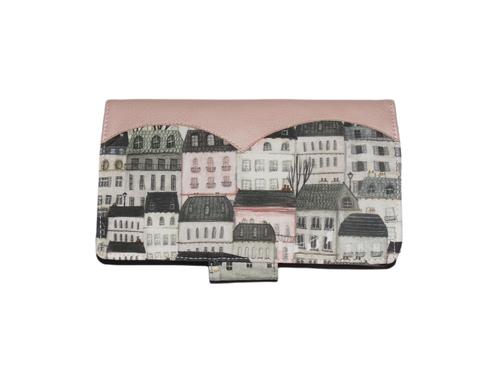 Porte-chéquier élégant pour femme  en simili-cuir rose et  tissu gris clair avec des immeubles, maisons, villes