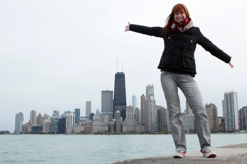 Blogger in front of Chicago skyline