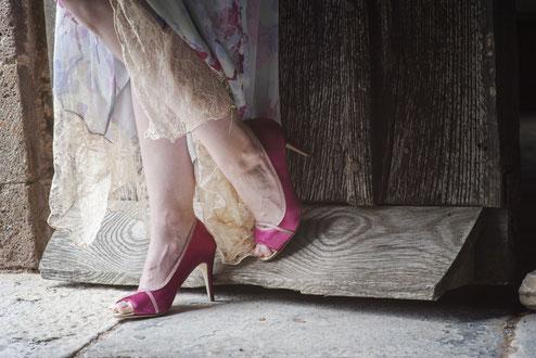 eingefärbte Schuhe, angezogen