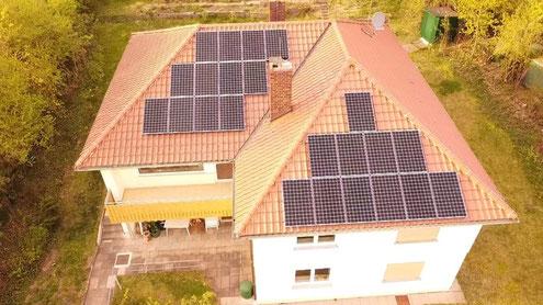 Montierte Photovoltaikanlage © iKratos