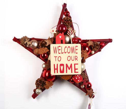 Stern mit fest integriertem Welcome Schild, ganz im skandinavischem Look