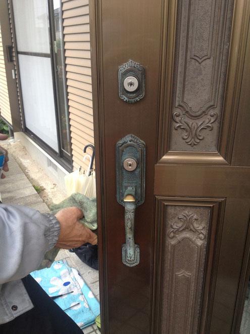 サムラッチ錠の鍵修理3