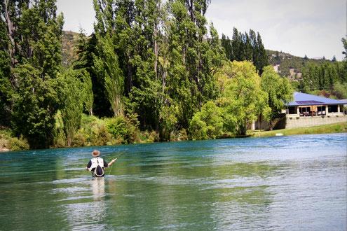 Fischen In Neuseeland im Klutha River