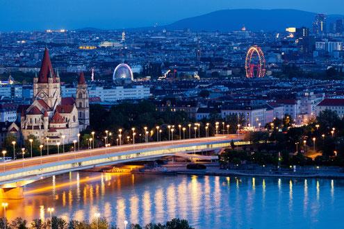 Wien Hubschrauberflug Österreich