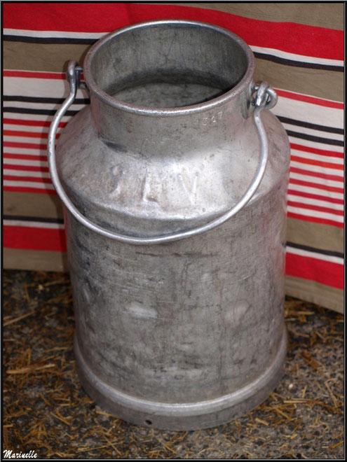 Bidon pour le lait, Fête au Fromage, Hera deu Hromatge, à Laruns en Vallée d'Ossau (64)