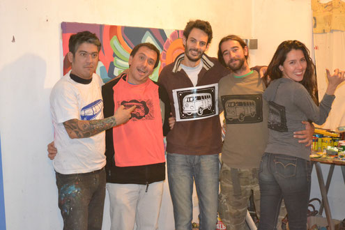 Club Kombi: Martín, Guille, Pablo, David y yo en el taller