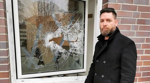 Einbruch-Bestattungshaus Focke-Torgelow-Fenster zerschlagen